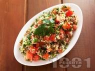 Рецепта Салата табуле с киноа, магданоз и домати
